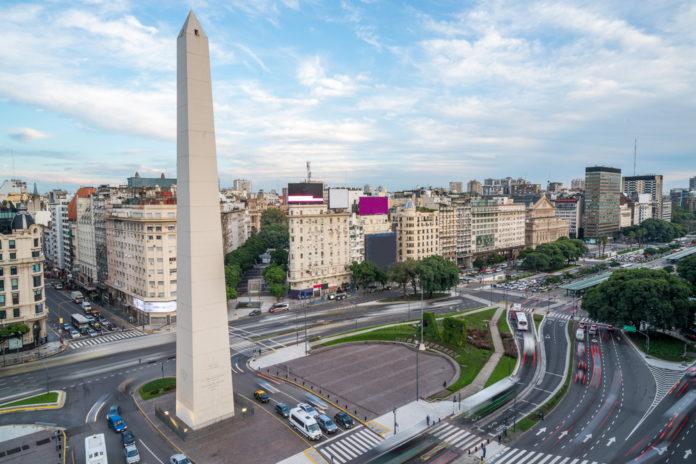 Dá para correr a Maratona de Buenos Aires por menos de R$ 1500.