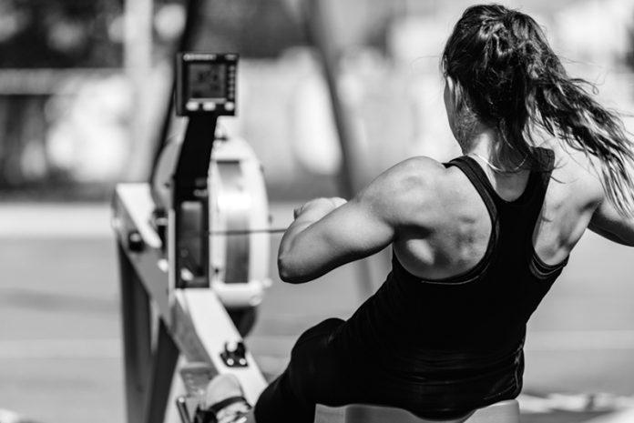 exercícios aeróbicos de baixo impacto remo