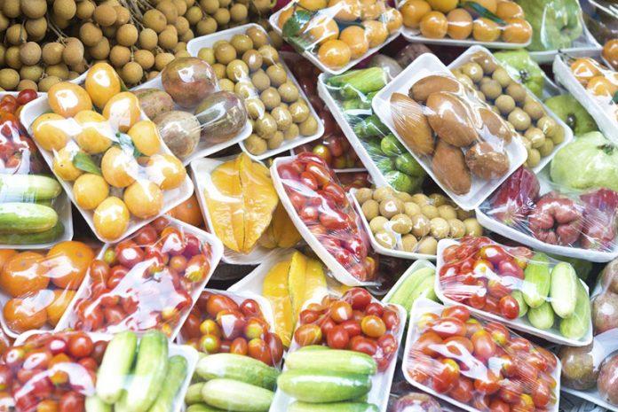 frutas e vegetais embalados
