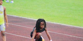 menino de 7 anos corre 100 m em 13 segundos 2