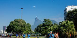 corredores durante a Maratona do Rio 2019
