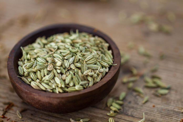 Alimentos para inchaço: sementes de funcho