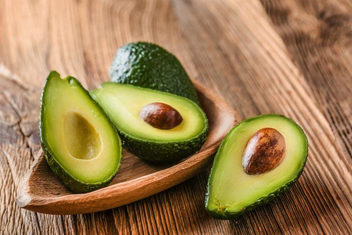 Alimentos para inchaço: abacate