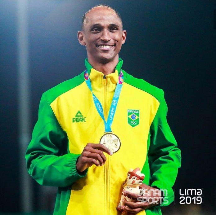 Alisson Santos conquista ouro no Pan nos 400m com barreira