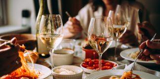Saiba que horas jantar para não prejudicar a sua saúde