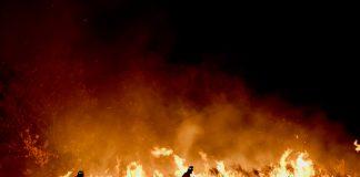 Corrida pelo fim do incêndio na Austrália