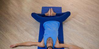 posturas de yoga para te ajudar a dormir